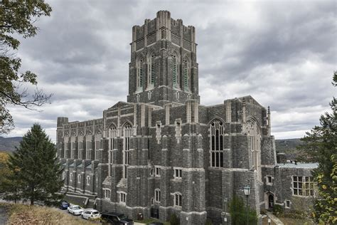 Buku Building Leaders The West Point Way west point bans cadet pillow fight after 30 injured