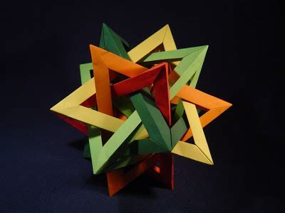 Tetrahedra Origami - marmalade five intersecting tetrahedra origami