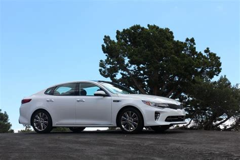 Kia Optima Test Drive 2016 Kia Optima Drive Gallery 1 The Car Connection
