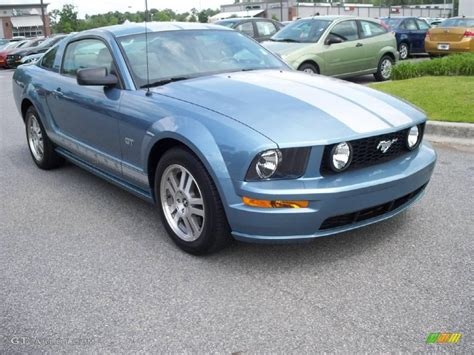 2006 Windveil Blue Metallic Ford Mustang Gt Premium Coupe