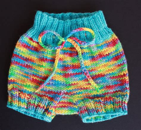 knitted shorts pattern free knitting patterns galore bum baby bloomers