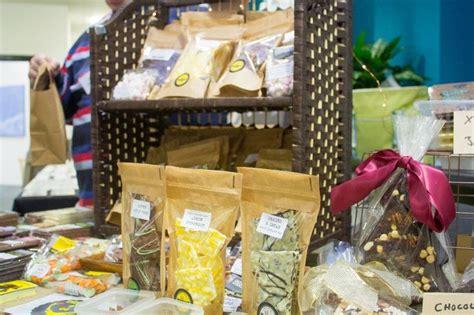 Gourmet Handmade Chocolates - os 2015 artisan fair cocoa tabby gourmet handmade