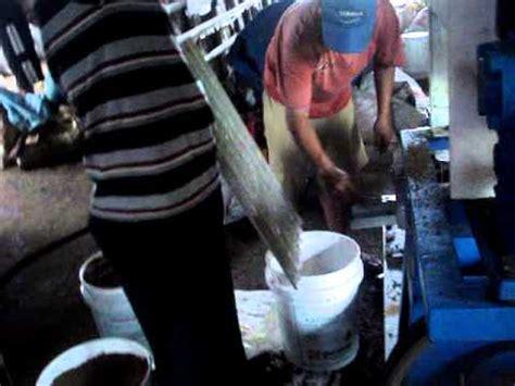 Mesin Pembuat Pelet Apung Sederhana mesin pelet wmv doovi