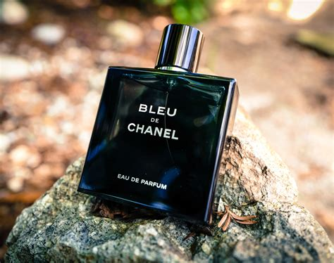 Parfum Bleu The Chanel fragrance friday chanel bleu de chanel eau de parfum