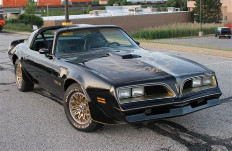 1977 Pontiac Firebird Trans Am Bandit Edition 1977 Pontiac Trans Am Bandit Edition Paint Code19 400ci V