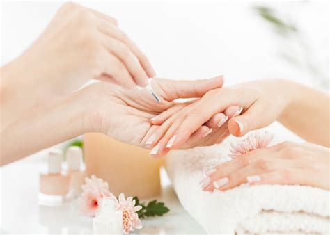 Manicure Pedicure Di Salon Malaysia cuteticles jersey city s best nail salon