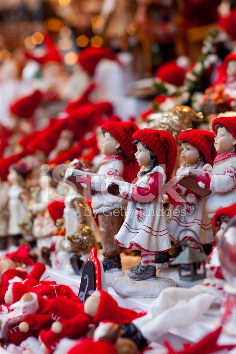 carol singers decorations 28 images carol singers
