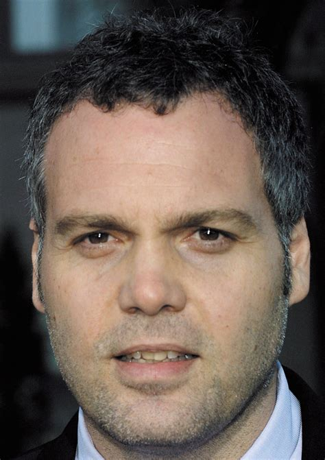 how is vincent tumbling in nerdliness vincent d onofrio