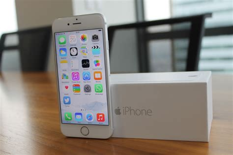iphone  review apple raises  standard  smartphones