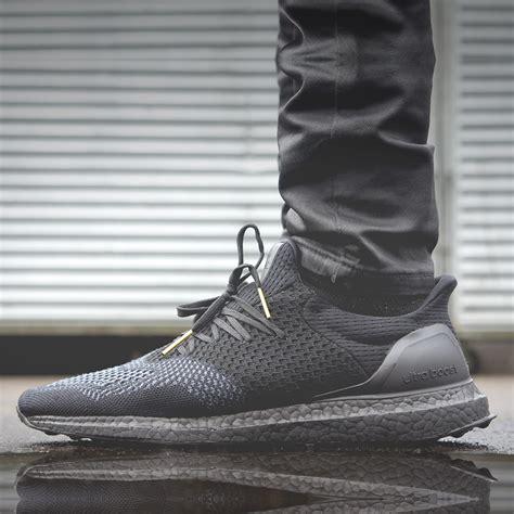 Adidas Yezzy Boost Termurah 04 adidas yeezy ultra boost black ileauxtresors fr