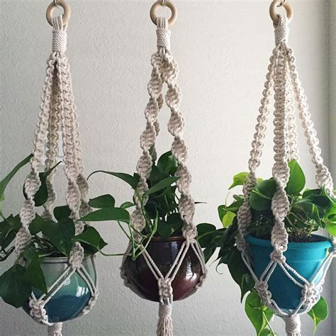 Macrame Patterns For Hanging Plants - 17 best images about macrame plant hangers on