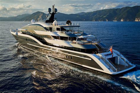 yacht dar superyachtnews fleet taking centre stage oceanco