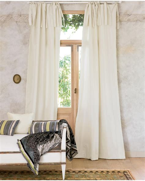 gardinen türkis weiß wohnzimmer modern luxus mit kamin