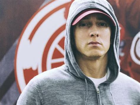 eminem now eminem ready to lose himself again goes to war over 8