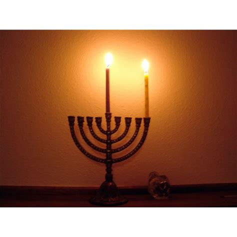 candelabro hebreo it s time for hanukkah an elementary school lesson and