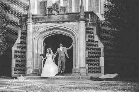 weddings in downtown chattanooga chattanooga tn with kayla f photography downtown chattanooga wedding diana