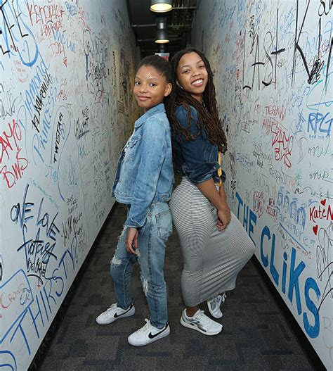 chloe and halle bailey feet chloe and halle visit music choice photos and images