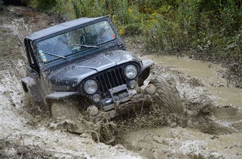 muddy jeep muddy monday jeep fans cars