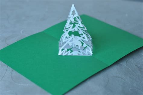 complex pyramid christmas tree pop up card template