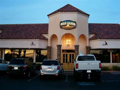 Join The Happy Hour At High Sierra Grill House In Fresno Ca 93711