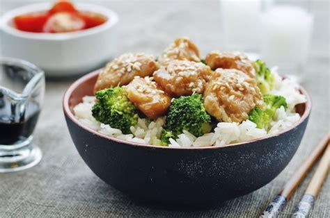 como cocinar en el wok el wok una forma sana de cocinar