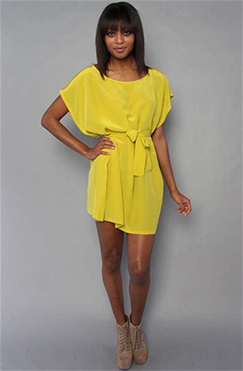 Boxy Dress how to wear a boxy dress