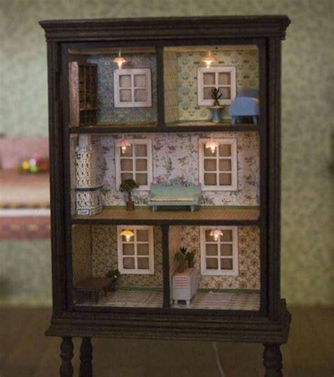 regal puppenhaus puppenhaus spielzeug und kunstwerk
