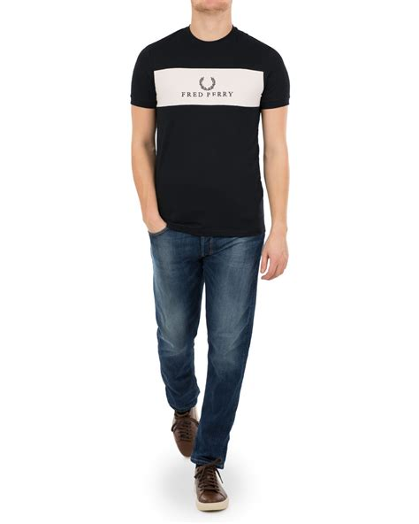 T Shirt Fred Perry Navy fred perry pannel logo crew neck navy hos careofcarl