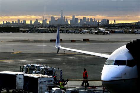 newark airport flight limits eased could spur lower fares hamodia