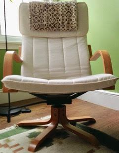 Want To Sell Rare Swivel Rocker Po 196 Ng Chair Ikea Hackers Poang Swivel Chair