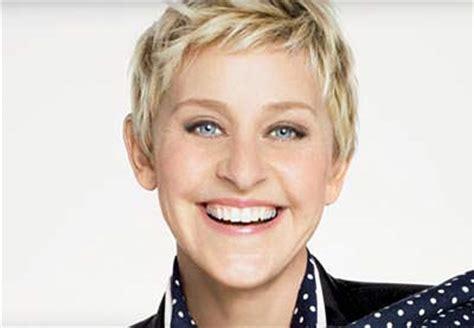 simple elegant short hair for 50 yr old women 4 elegant short hairstyles for women over 50