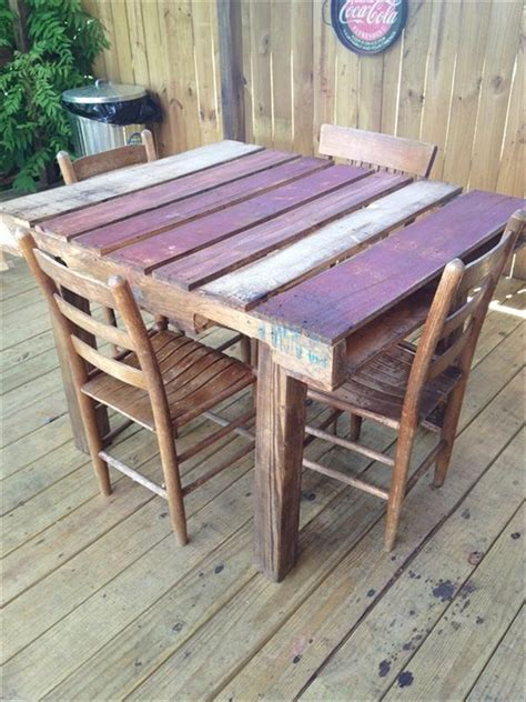 Pallet Dining Table Diy 58 Diy Pallet Dining Tables Diy To Make