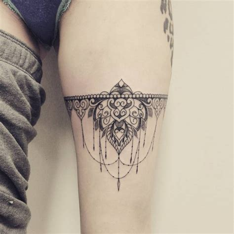 70 charming garter tattoo designs keep in touch with