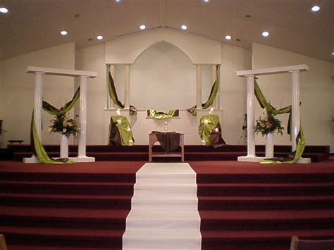 Column Decoration Ideas by Dacia S Sejel 39s Wedding Reception Ideas
