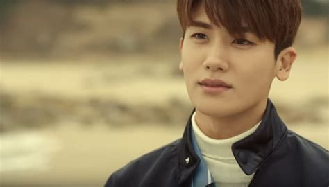 film baru park hyung sik park hyung sik joins song hye kyo s label amidst ongoing