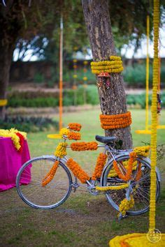 Genda Flower Decoration by 1000 Images About Wedding Decor On Indian