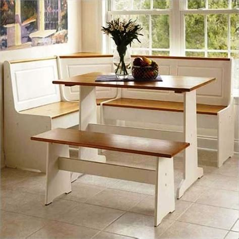 Corner Tables For Kitchen by 1000 Ideas About Corner Kitchen Tables On