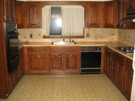 re laminate kitchen cabinets can you re laminate kitchen cabinets refacing laminate kitchen cabinets uk cabinet home can