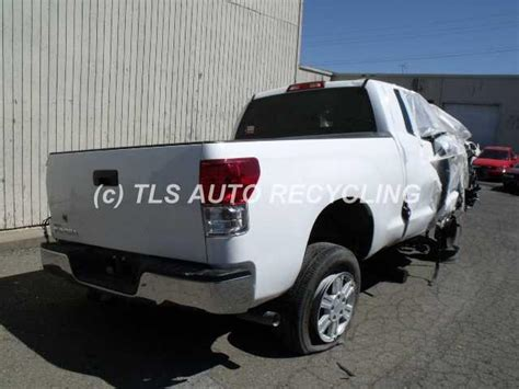 how cars run 2011 toyota tundra spare parts catalogs 2011 toyota tundra parts cars trucks white blk front left side damage used a grade