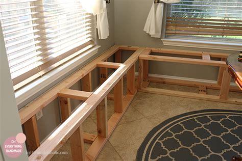 kitchen nook makeover adding  bench