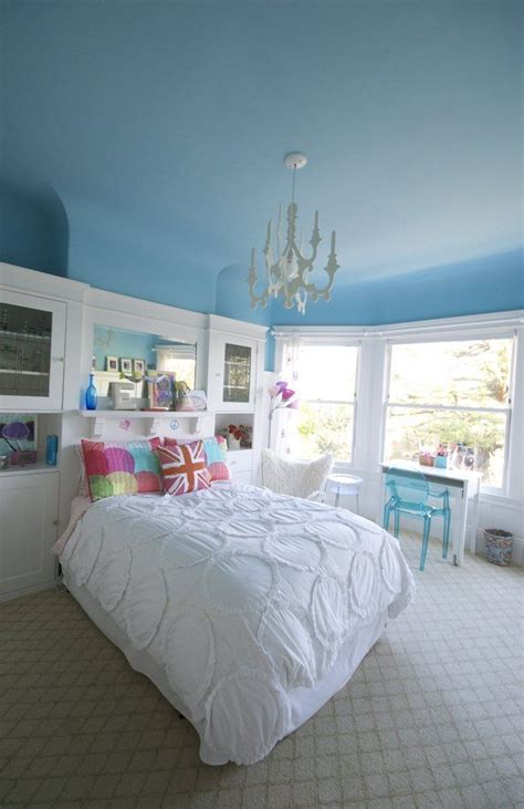 lisas colorful art filled home   blue ceilings