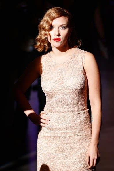 scarlett johansson clothes outfits steal her style steal their style steal the style scarlett johansson s