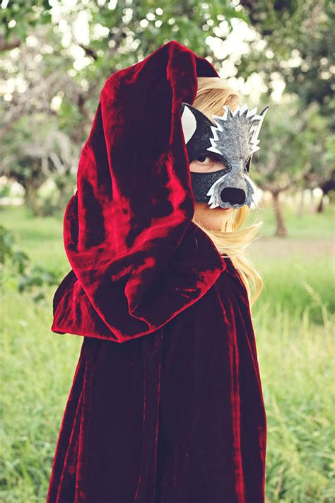 oppisite of red little red riding hood the opposite of far storybook