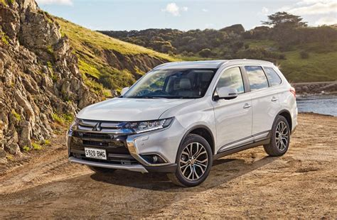 2017 mitsubishi outlander on sale in australia from