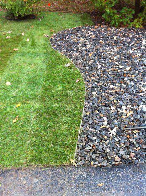Laying Landscape Edging Sod Metal Edging And Make A Landscape Http