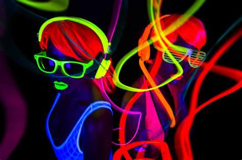 neon staxx slot  genuinely fun  illuminating game