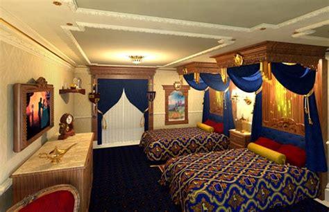 theme hotel la royal rooms or 1 bedroom condo