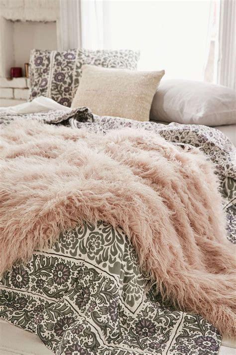 faux fur best best 25 faux fur blanket ideas on fur decor