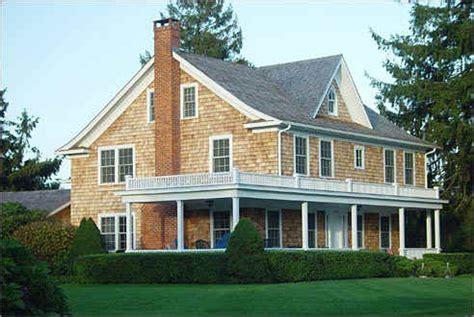 shingles house siding love cedar shingles house exterior pinterest