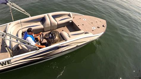 lowe deck boats reviews lowe sd224 on the water video youtube